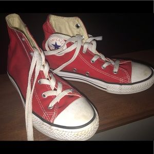 Kids Converse Sneakers Size 1 Red